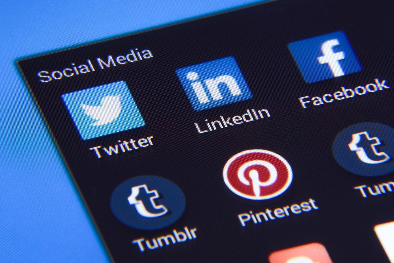 influenza dei social network vantaggi